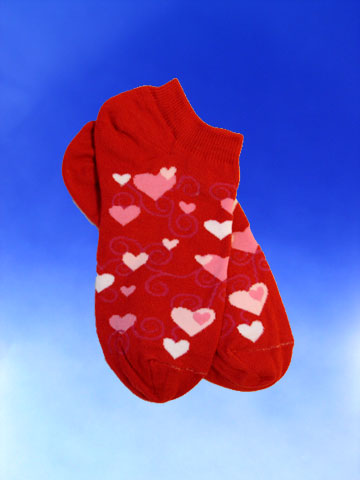 Children's Red Ankle Overlapping Hearts Socks - Click Image to Close